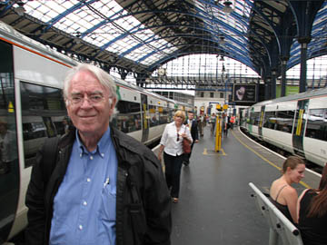 Peter in a train station